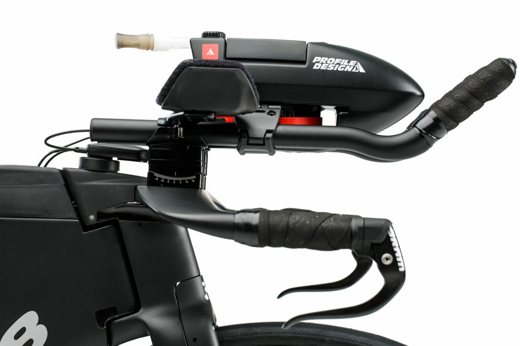 E-119-Tri-Plus-Ultegra-Di2-Triathlon-Bike-34-Argon-18-Detail3